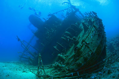 """Résultat de recherche d'images pour """"belles images d'epaves sous marines"""""""